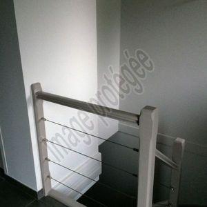 Travaux de peinture sur ancien escalier bois + murs et plafond - Entreprise Olivier Mairey